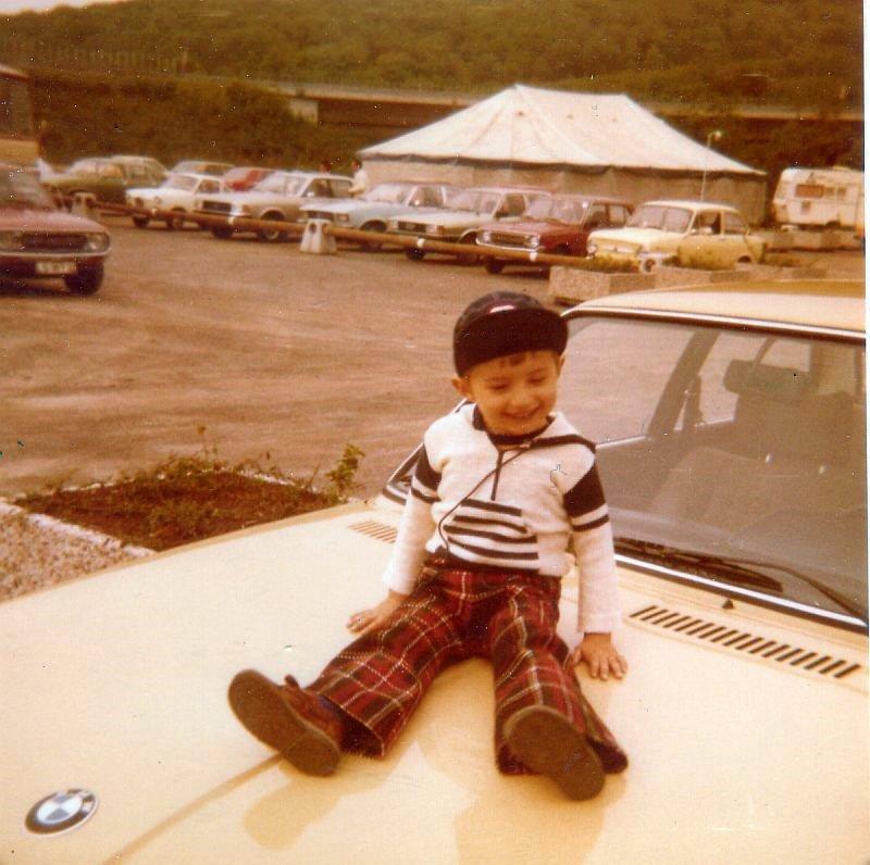 Martin auf Papas BMW